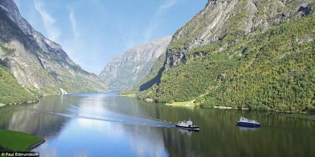 Красота норвежских фьордов в работах британского фотографа