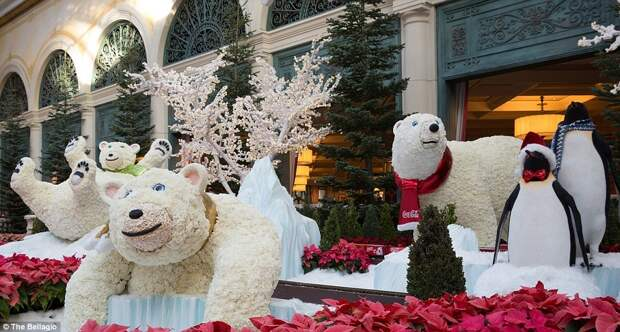 Рождественское убранство самых дорогих гостиниц мира