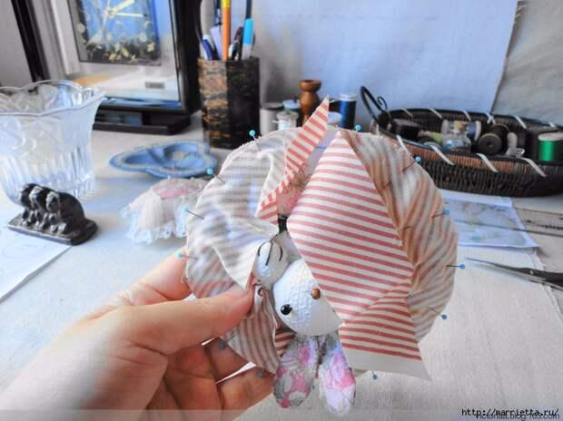 Лоскутное шитье. Кошелек с кроликом (49) (700x524, 290Kb)