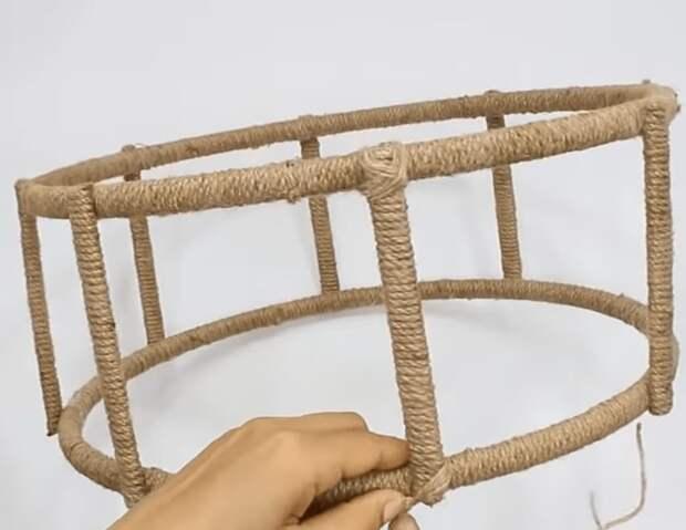 Удивительные возможности обыкновенной джутовой веревки и постой деревяшки