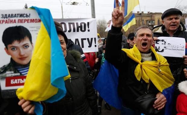 «Нужно обменять Савченко. И как можно быстрее. Она разорвёт Украину изнутри»