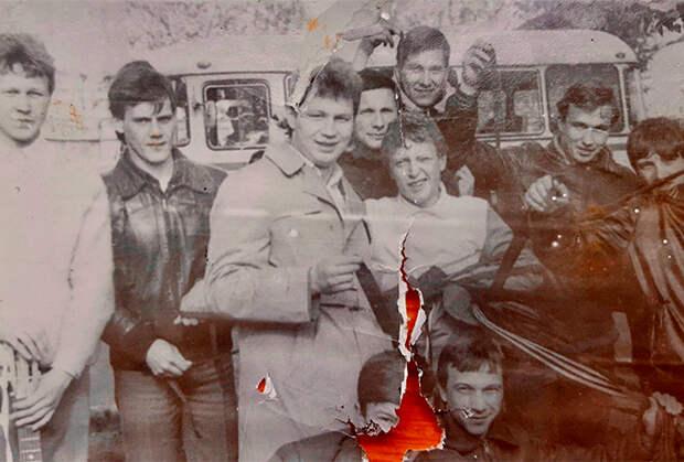 Участники одной из молодежных группировок Казани 80-х