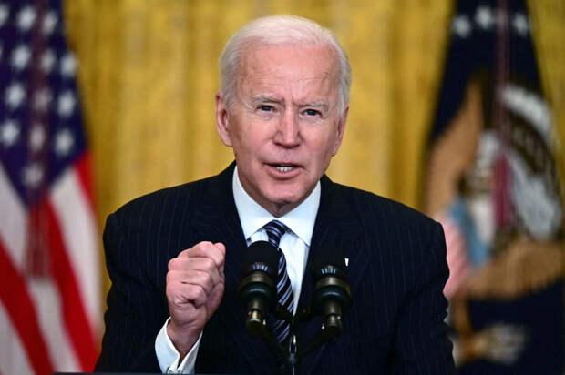 Президент США растерян: какой же ответ дать на предложение Путина о разговоре?