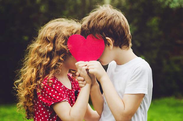 Плоды умолчания: 7 самых бредовых детских теорий о сексе