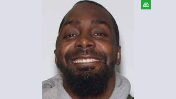 Полиция Нью-Йорка задержала мужчину, устроившего стрельбу в магазине