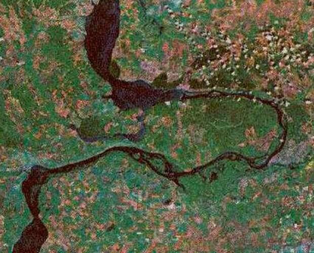 Самарская лука. Вид из космоса