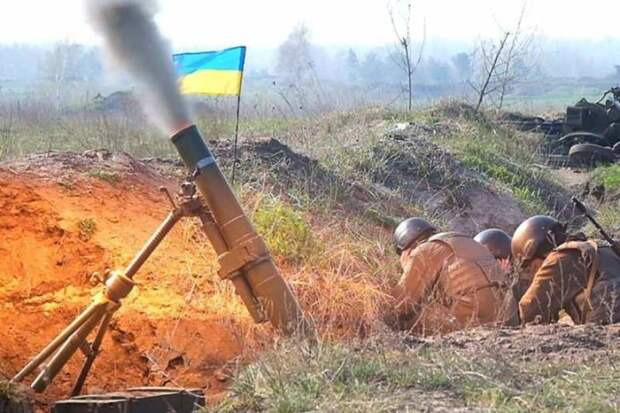 ВСУ начали массированный обстрел, Армия ДНР отвечает