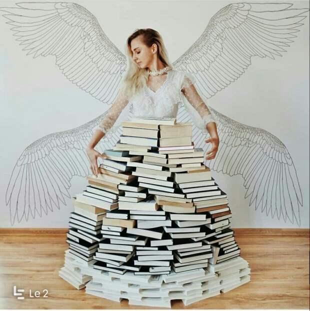 Когда книги-только фон (подборка)