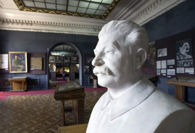 Сталин о продаже Сахалина Японии: «Вы что, хотите нас задушить? Какая же это дружба?»