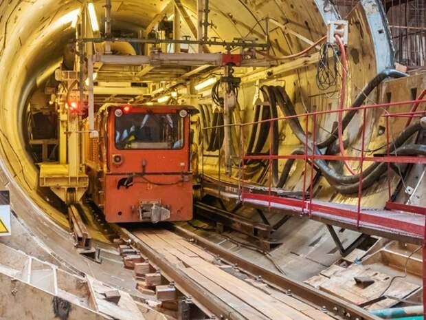Бочкарев: Стройку метро в период длинных майских праздников не остановят