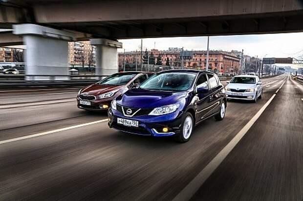 Nissan Tiida против Kia cee'd и Skoda Rapid: разведка боем (ВИДЕО)