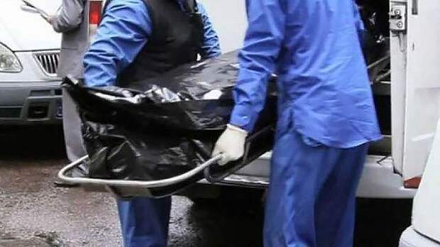 В Москве мужчина попросил подругу сделать ему укол от боли и умер