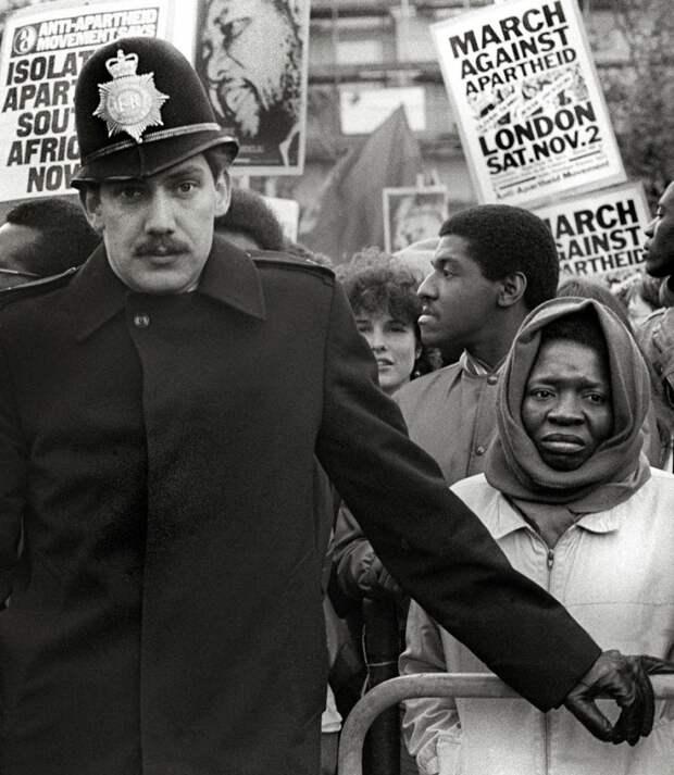 Протест против апартеида, 1985 год
