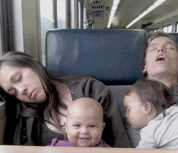 Безумная изобретательность. Поймут те, кто нянчил младенцев дети, мама, папа, прикол, юмор