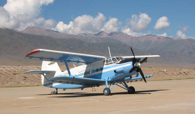 Ан-2: легендарный биплан, который умеет летать хвостом вперед