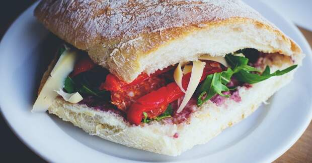 """Ночная операция """"бутерброд мне в рот"""""""