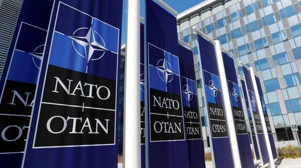 НАТО обсудит с властями Чехии отношения с Россией