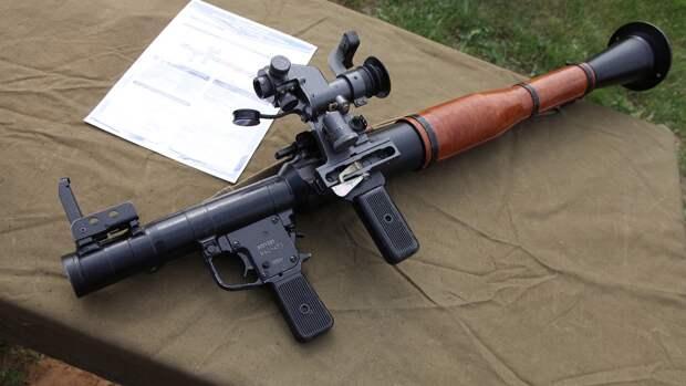 Военнослужащие Балтфлота в ходе учений отработали стрельбу из стрелкового оружия и РПГ-7