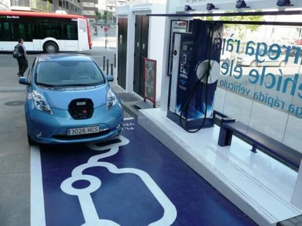 Nissan Leaf стал самым популярным электромобилем в Европе