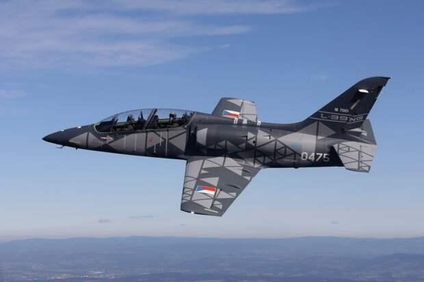 Вьетнам покупает чешские учебно-боевые самолёты