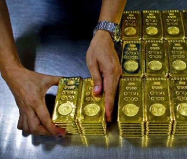 Цены на золото достигли восьмилетнего максимума