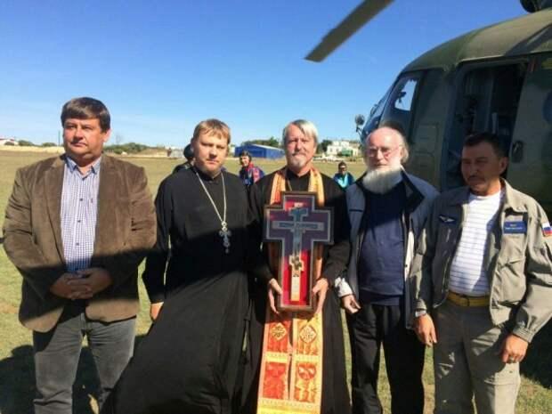 Севастополь благословили с вертолёта (ФОТО)