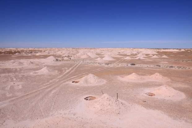 Драгоценный камень опал, добыча которого продолжается и сегодня, был найден случайно / Фото: gnkopals.com