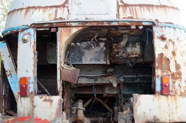 Пустота в мотоотсеке ЛАЗ, ЛАЗ-695Е, авто, автобус, олдтаймер, реставрация, ретро авто, ретро техника