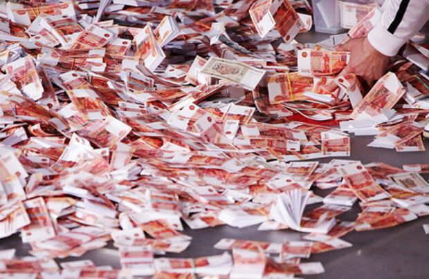 Российские экономисты предлагают раздачу денег и количественное смягчение как меры борьбы с кризисом