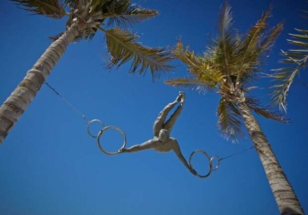 «Балансирующие скульптуры», бросающие вызов гравитации