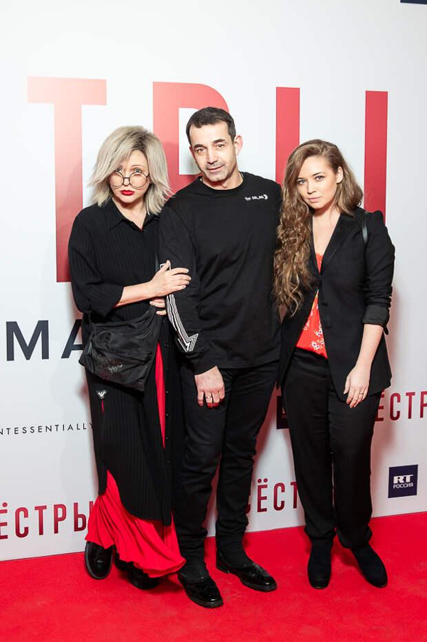 Памятник героиням: Ольга Дроздова, Дмитрий Певцов и Маргарита Симоньян