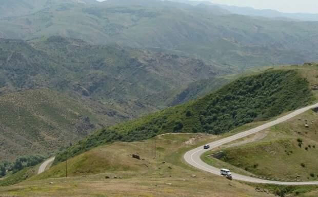 На границе Азербайджана с Арменией произошло вооруженное столкновение