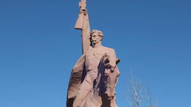 ВРостовской области встанице Вешенской восстановят «Клятву» за13млн руб