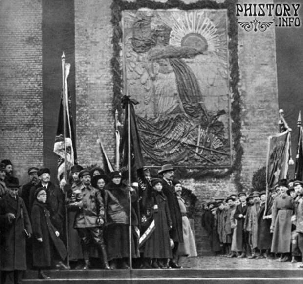 """Открытие мемориальной доски """"Павшим за мир и братство народов"""""""
