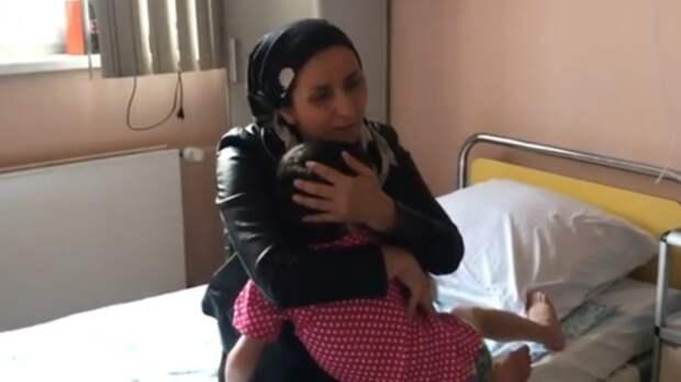 Суд не стал лишать родительских прав маму избитой в Ингушетии девочки