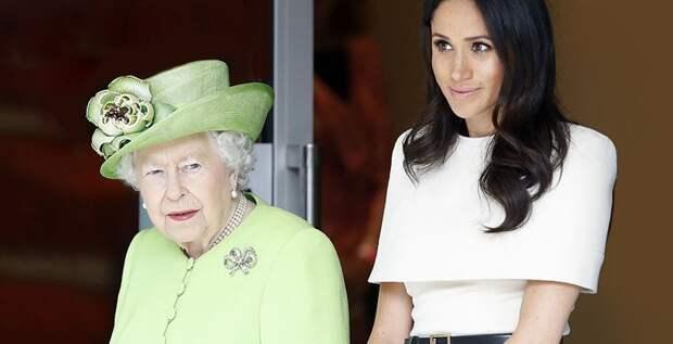 Елизавета II недовольна тем, что Меган Маркл не решает проблему с отцом