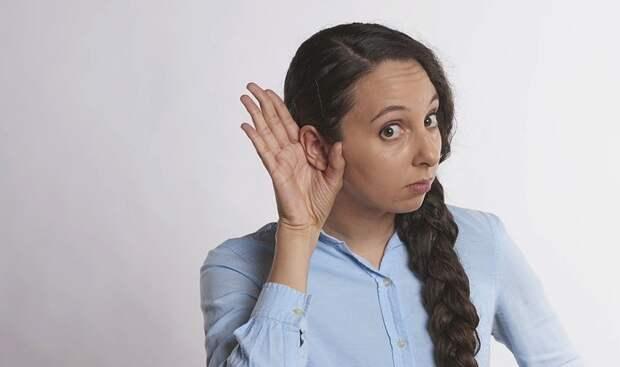 Ученые: Человек может шевелить ушами подобно животным
