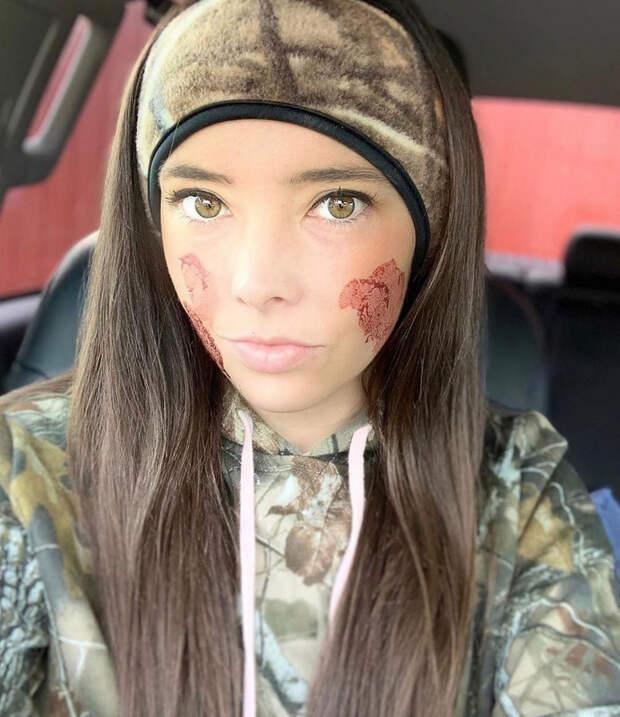 Красивые девушки наохоте: вInstagram появился аккаунт, который многие осудят