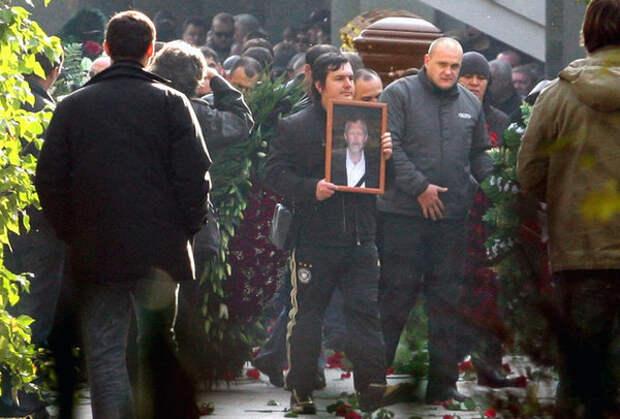 Похороны криминального авторитета Вячеслава Иванькова