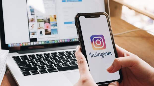 Роскомнадзор потребовал от Instagram не удалять публикации с гимном России