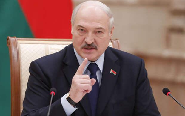 Лукашенко потребовал активнее развивать электротранспорт: в Белоруссии слишком много электричества!