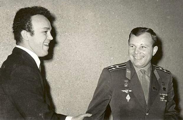 КОБЗОН И ГАГРИН (фото с сайта interesnyefakty.org)