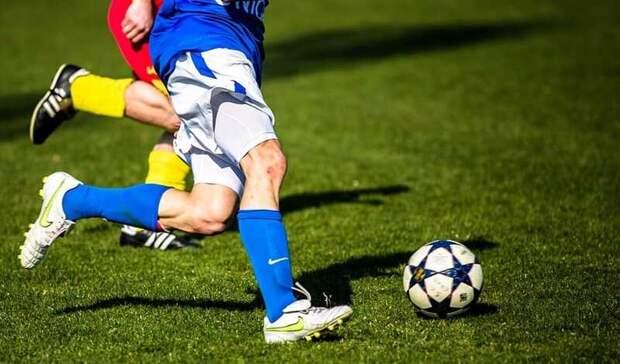 Российских футболистов обвиняют вдопинге