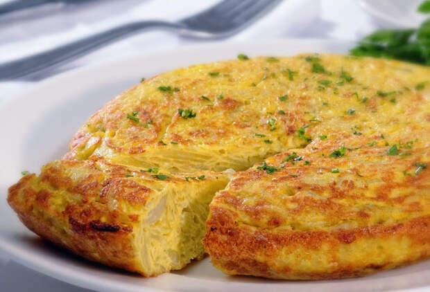 Испанская вкуснотища из яиц: можно есть на обед и ужин