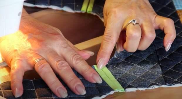 Утепляем внуков: теплый и яркий жилет из обрезков ткани