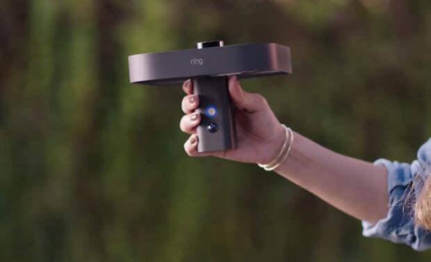 Новые гаджеты от Amazon: летающий дрон-охранник и не только