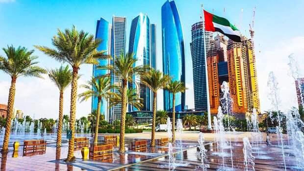 Российских туристов освободили от 10-дневного карантина после прилета в Абу-Даби