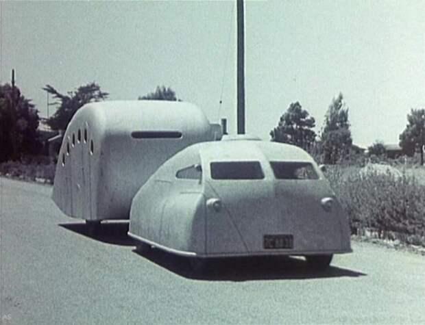 1936, General Motors. Стримлайновый аэродинамический автопоезд-моторхоум был построен авиационным инженером Анджело Р. Ноублом из Огайо сразу после Второй Мировой. автомир, аэродинамика, из прошлого, конструкция, обтекаемость. формы