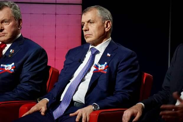 """""""Задача – тебя привезти в багажнике, лет на 15 ты наговорил"""": как спикеру крымского парламента угрожали перед референдумом"""