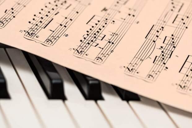 В храме на Верхней Масловке начались бесплатные музыкальные занятия для детей